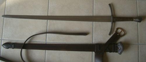 [VENDUS] Épée bâtarde + fourreau (+ lorica integra) Vepee02