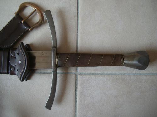 [VENDUS] Épée bâtarde + fourreau (+ lorica integra) Vepee03